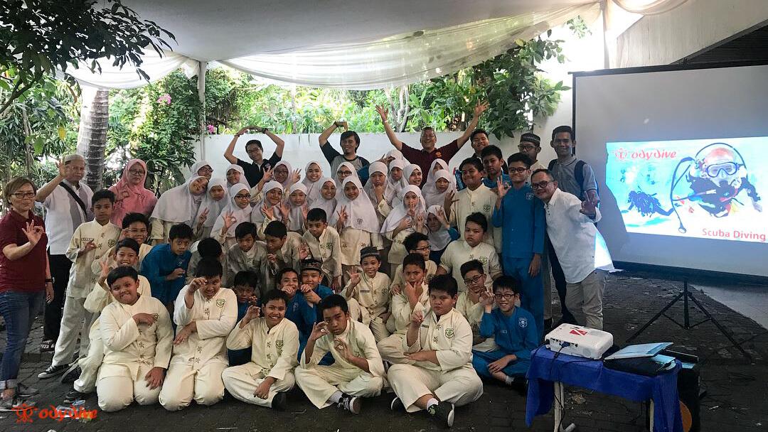 Kunjungan Dari SD Ar-Rahman Untuk Pengenalan Profesi Diving